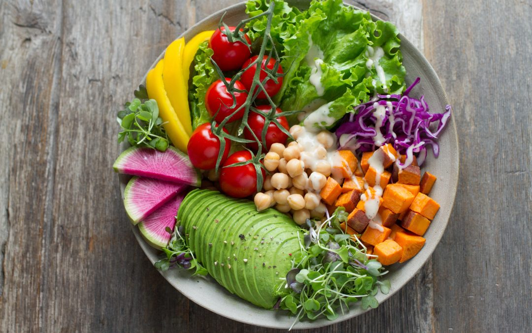 Is It Better To Eat Raw or Cooked Veg? 